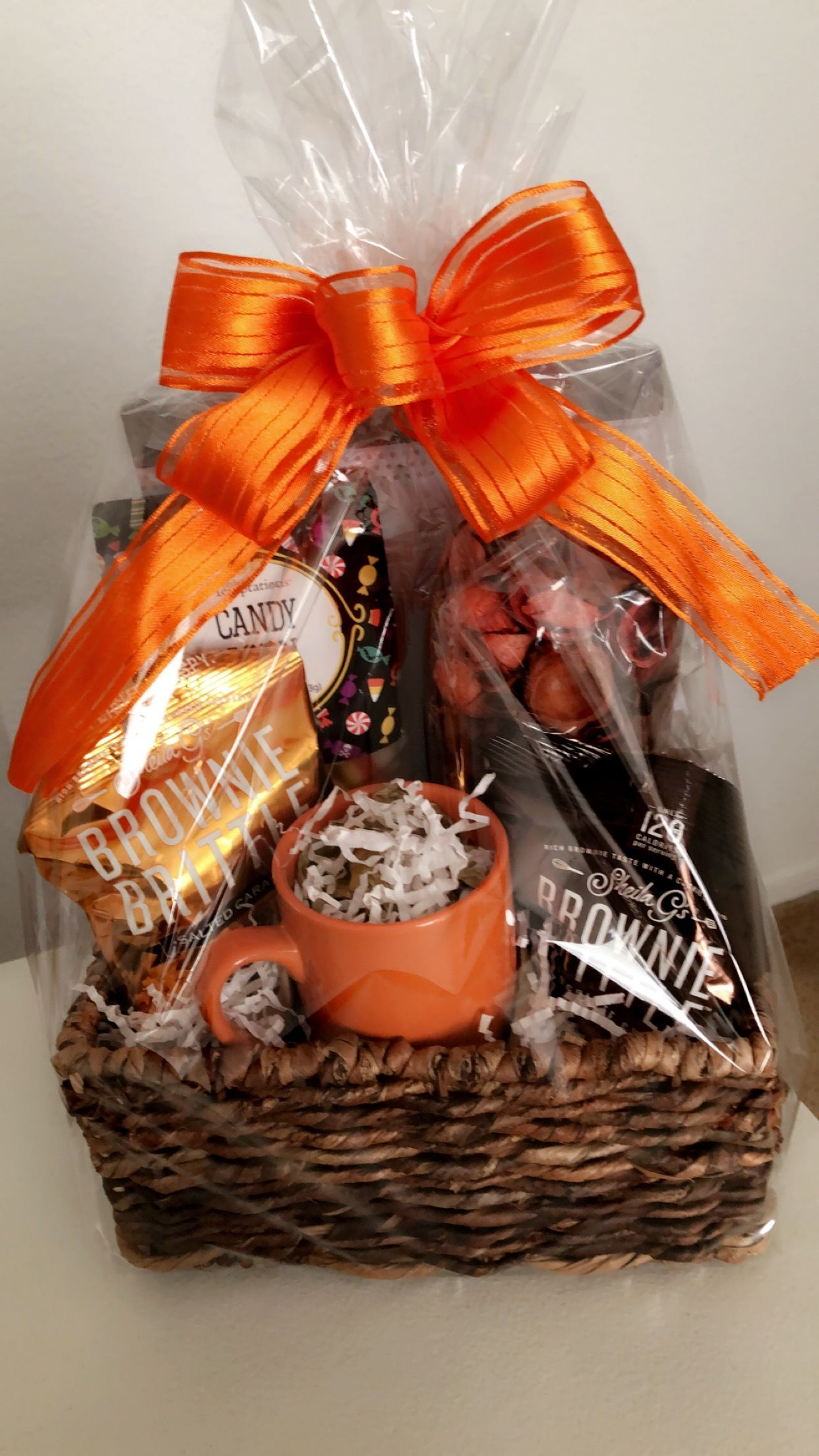 Fall Fun Appreciation Gift Basket for Bosses Day Thanksgiving or Halloween Now that fall is here celebrate and show your appreciation for a loved one friend or boss with...