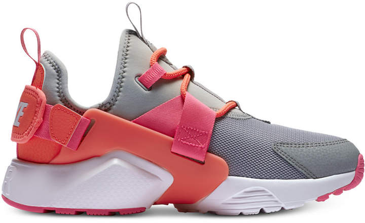 c2e4b6c9ad1 Nike Women s Air Huarache City Low Casual Sneakers from Finish Line ...