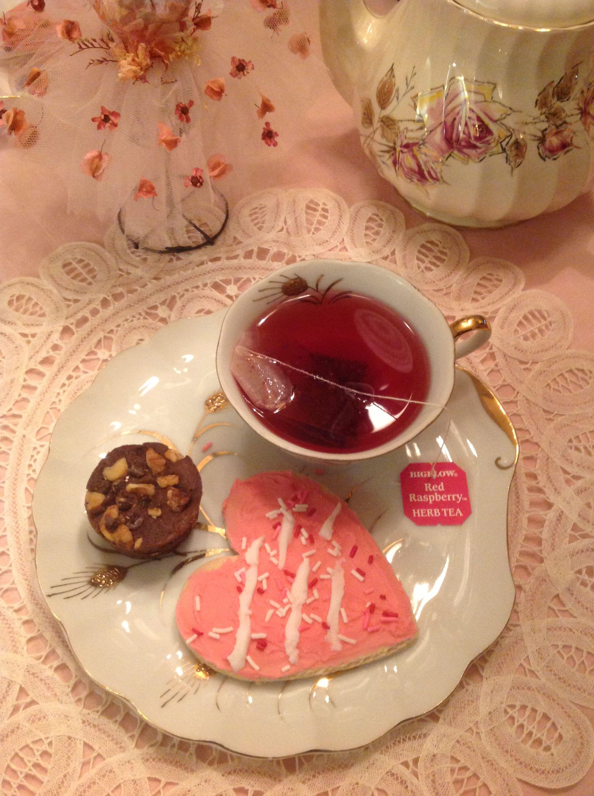 Our Victorian tea party with Bigelow Raspberry Tea!  #AmericasTea #CBias