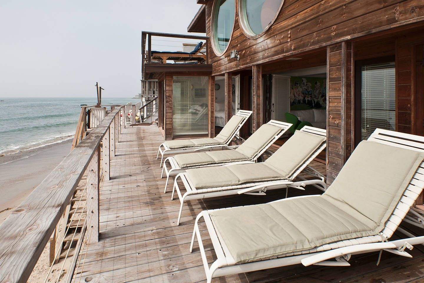 Would love to stay in this Airbnb Malibu Beach House