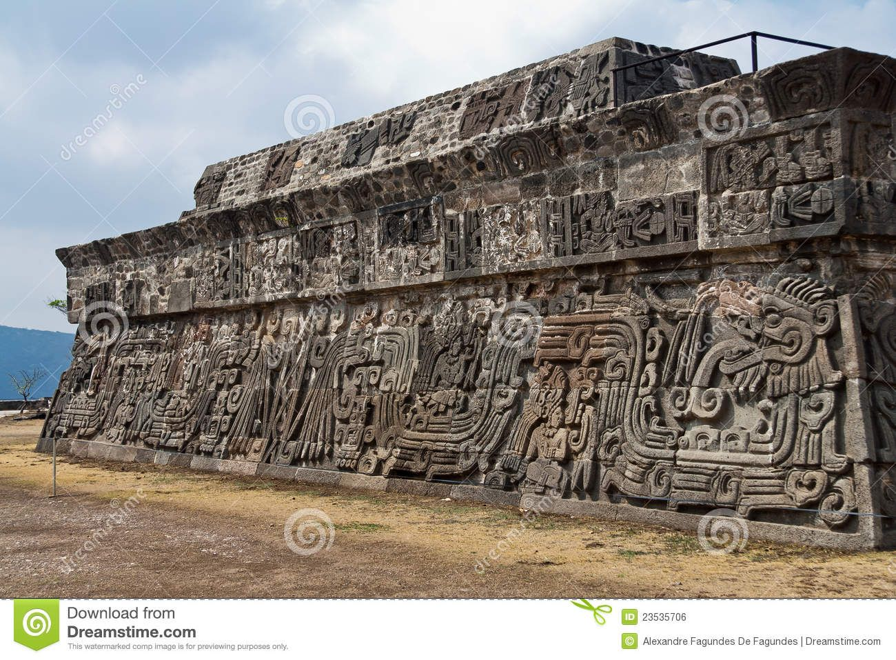 aztec architecture - Google Search | Wood carving ...