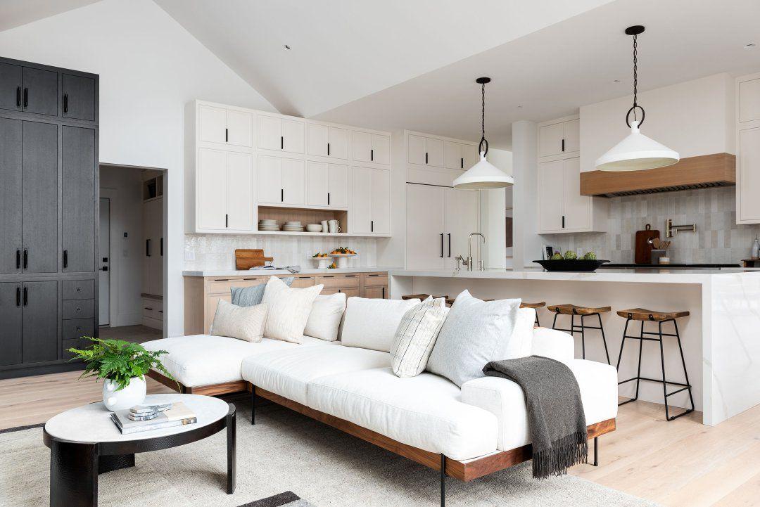 Photo of Modern & Minimal Living & Kitchen Space – Studio McGee