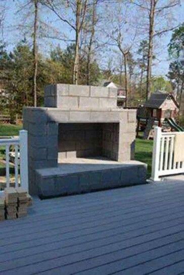 chimenea exterior con bloques de concreto