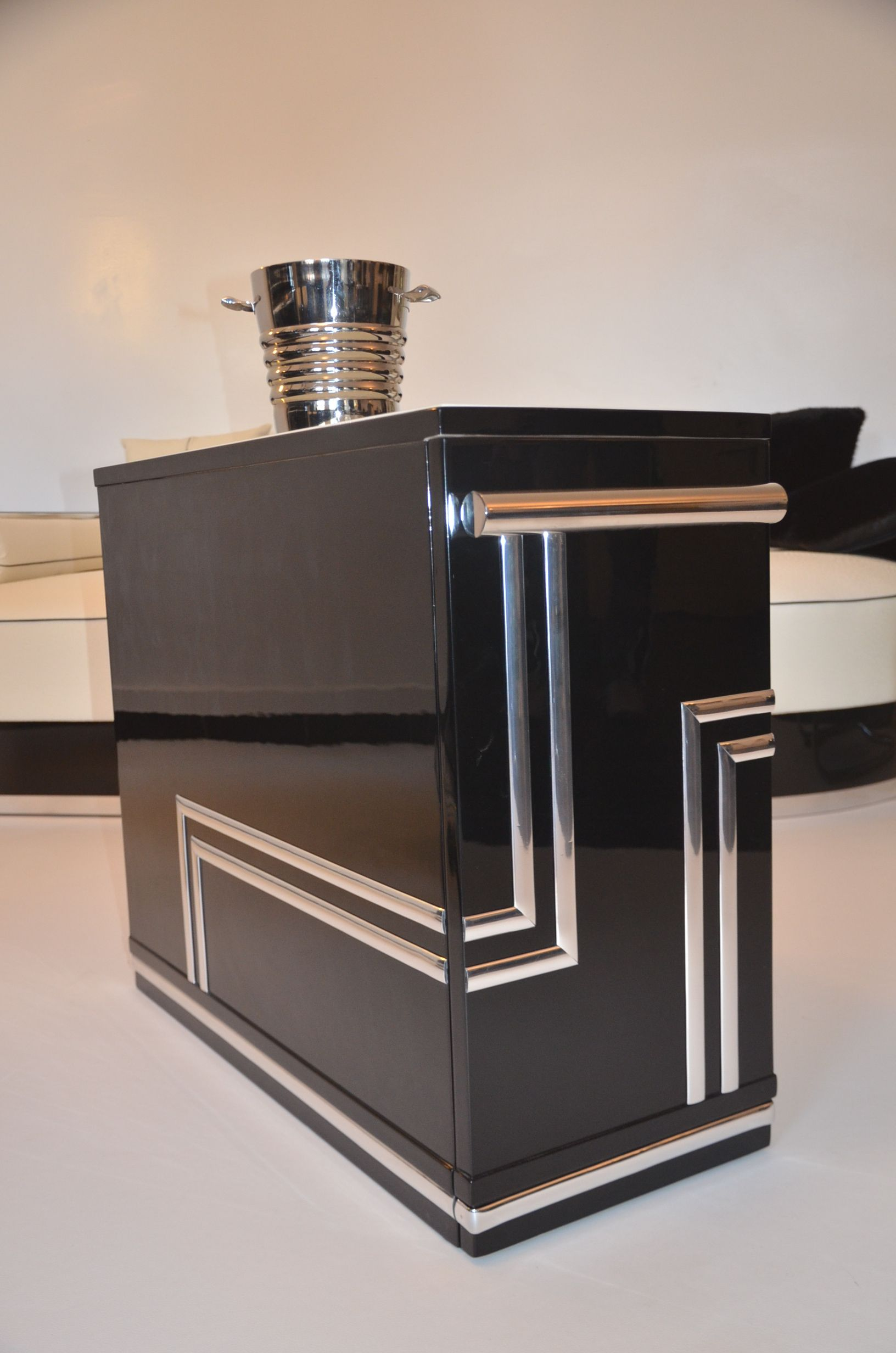 Art Deco Bar Design | Art Deco Hausbar Bar Barwagen Chrom ...