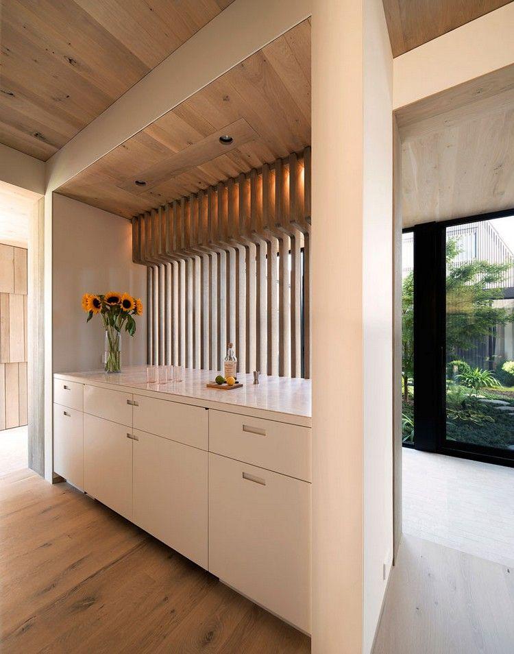 Schon Graue Holzschindeln Außen Und Warmes Holz Innen U2013 Ein Gemütliches Haus In  New York