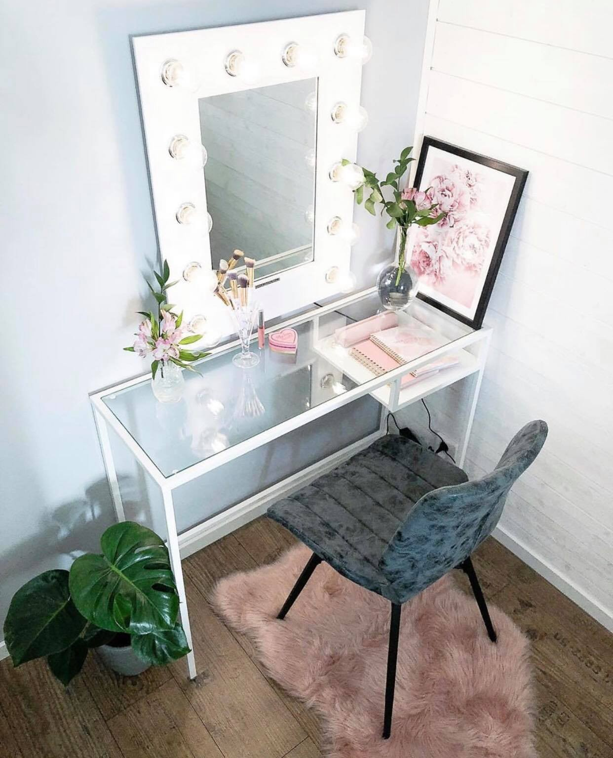 Tag Someone Who Needs This Makeup Vanity Littlethingsbye