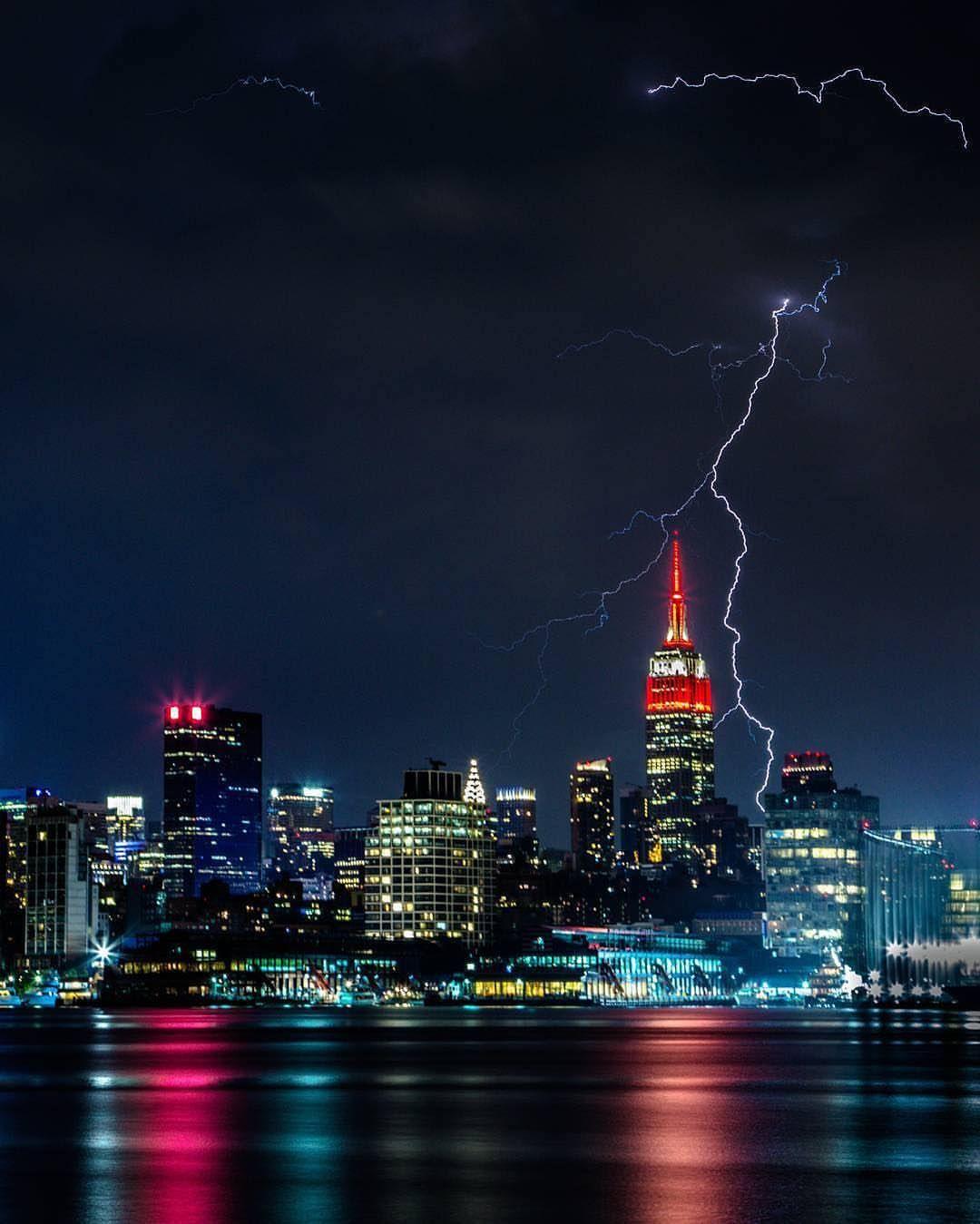 Shooting lightning is addicting  by @durty_jerzey #newyorkcityfeelings #nyc #newyork
