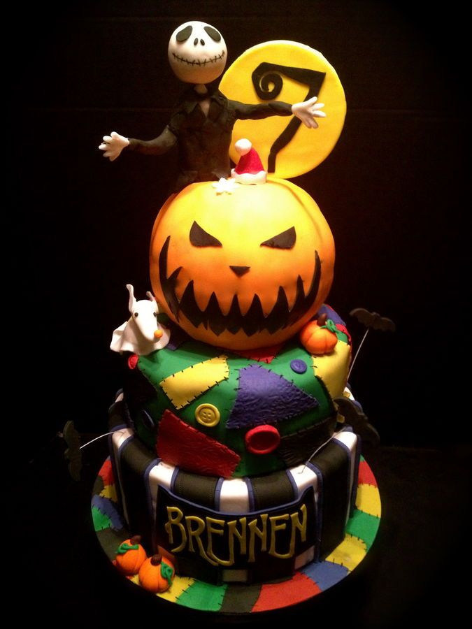 Nightmare before Christmas cake by melanie-1221 Recetas para