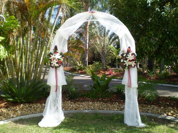 White Metal Arch Wedding Party Fl Prom Decoration Emble In Home Garden Yard Outdoor Living Structures Shade Arbors Arches