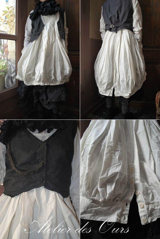 MLLE JADE : Robe boule en popeline de coton écru ( ou noir ou bleu nuit), gilet grand-père, jupon en soie EWA