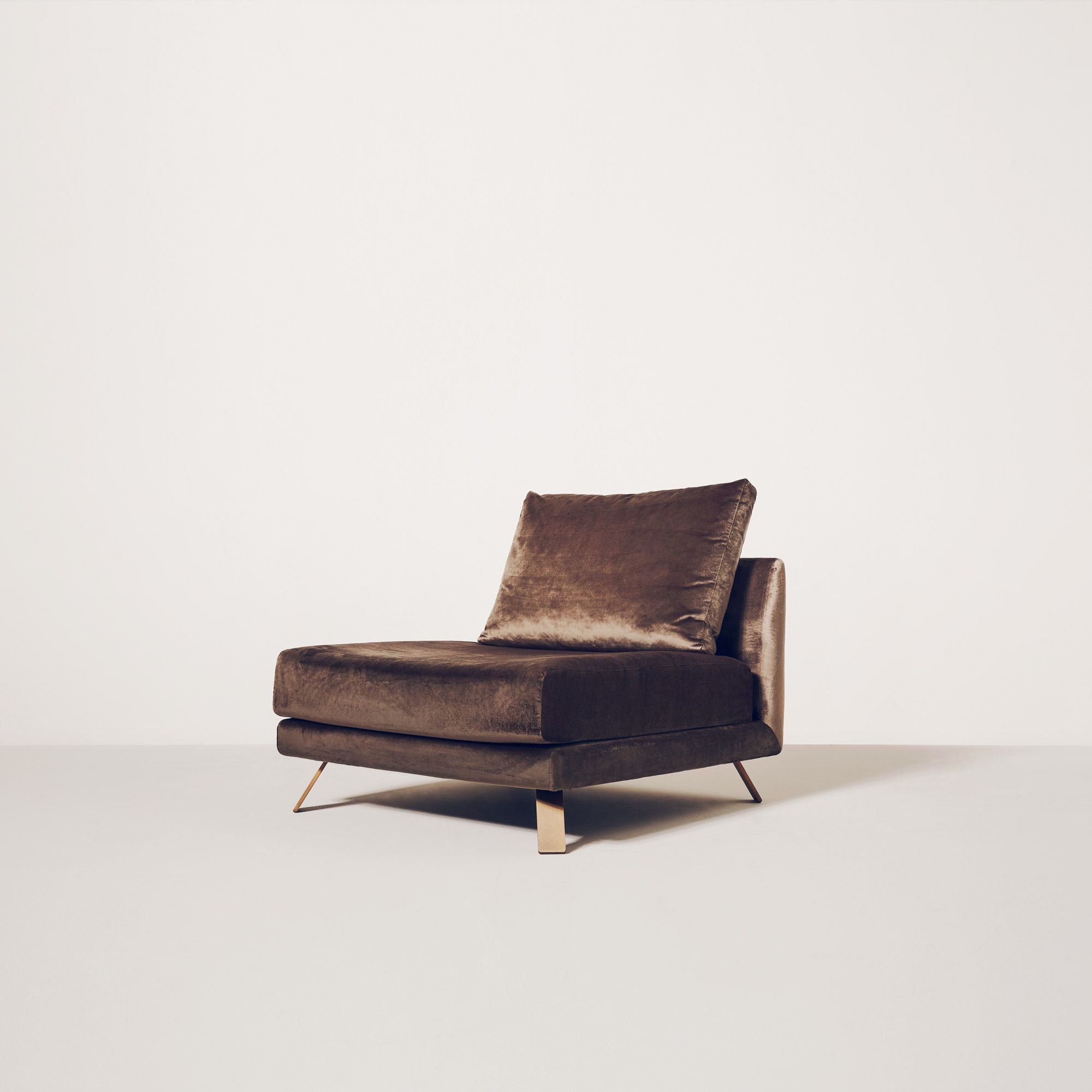 IAN Lounge Chair by Christophe Delcourt