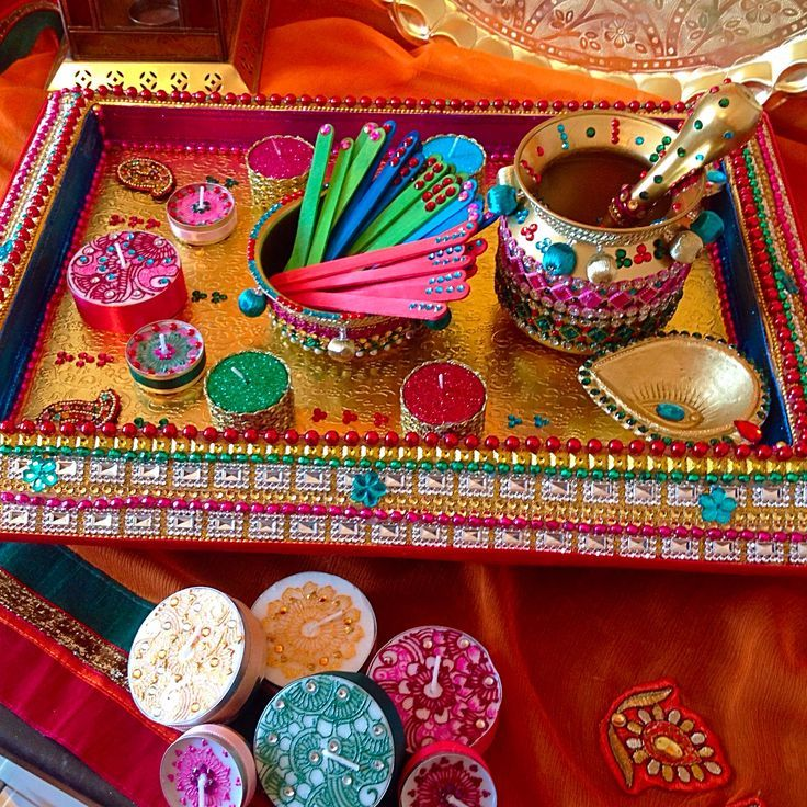 Indian Wedding Food: Mehndi Event And Mehndi Plate Decorating Ideas
