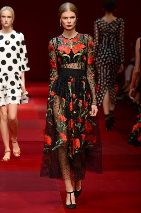 Dolce & Gabbana - Spring 2015 #dolcegabbana   #spring2015   #fashion   http://www.bliqx.net/dolce-gabbana-spring-2015/