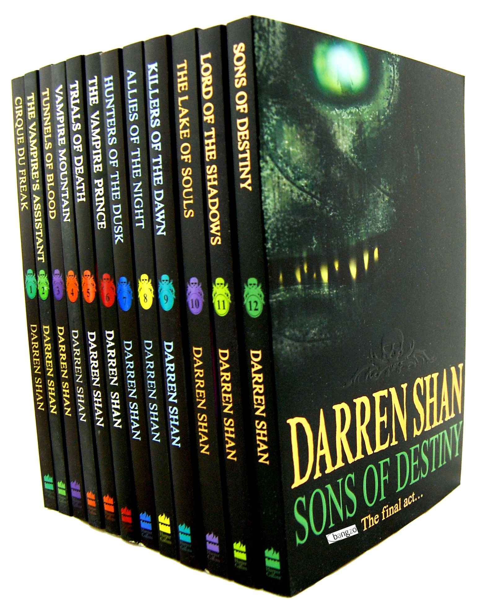 Darren Shan Series Took Me A While To Get Each Individual Book But Glad That I Read Them All As One Of The Best Series Of Books Fantasy Books Books Book