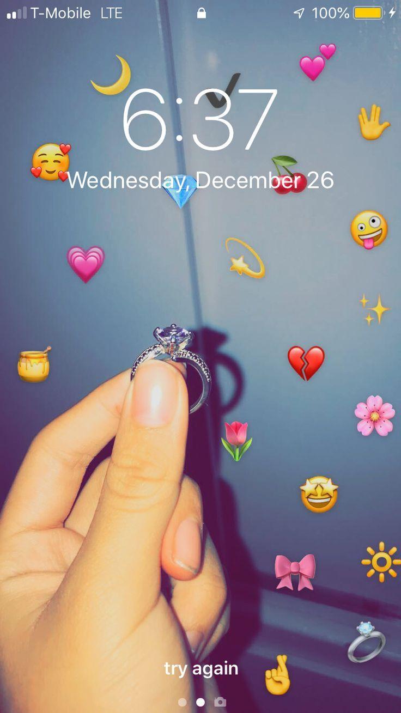 Pin By Mer Yem On Hair Emoji Wallpaper Iphone Pretty Wallpaper Iphone Wallpaper Iphone Cute