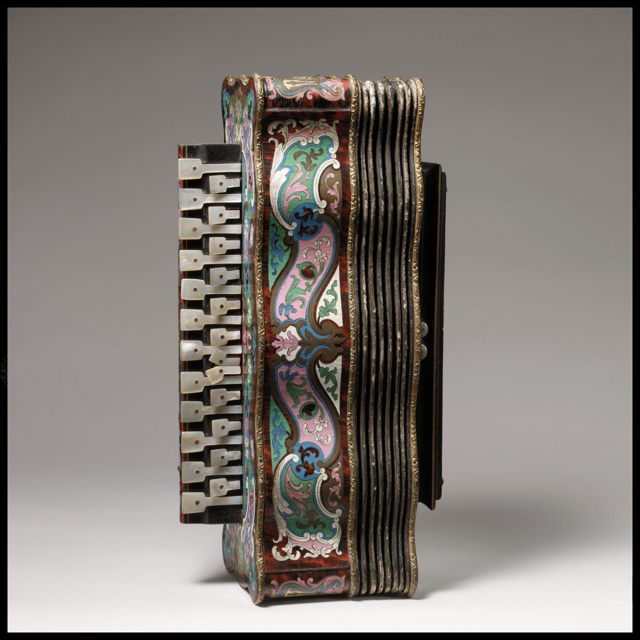 Accordion Maker:Alexandre Pere & Fils 1850–55 Paris, France