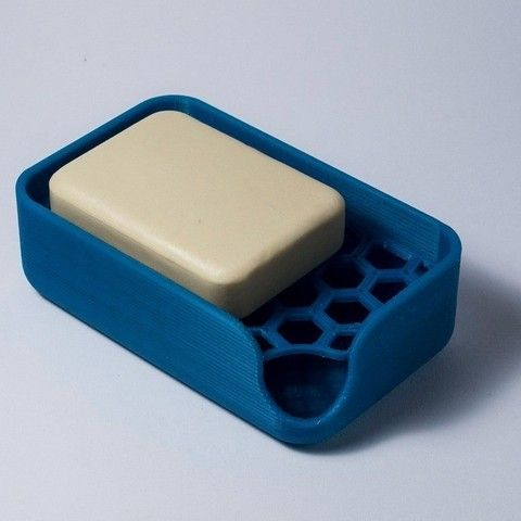 Soap holder printed with PLA, two pieces detachable and washable.  The pattern of the plate has been made with the infill tool of Slicer.