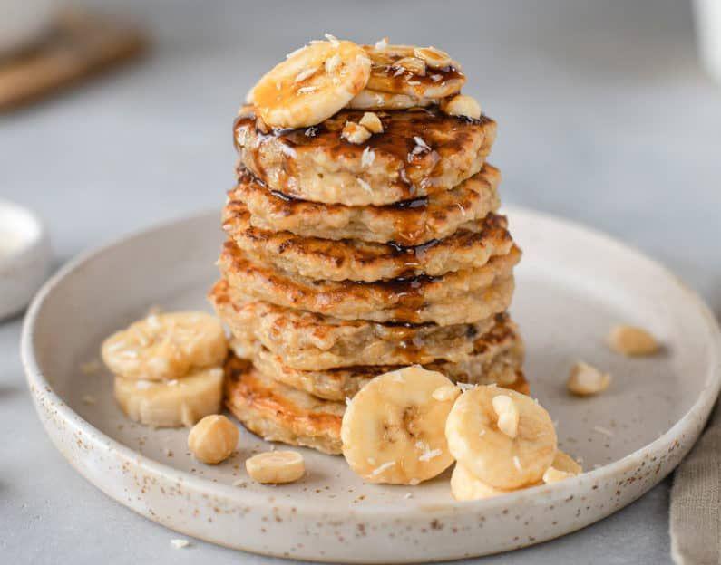 Desayuno fitness: hotcakes esponjosos de avena sin harina