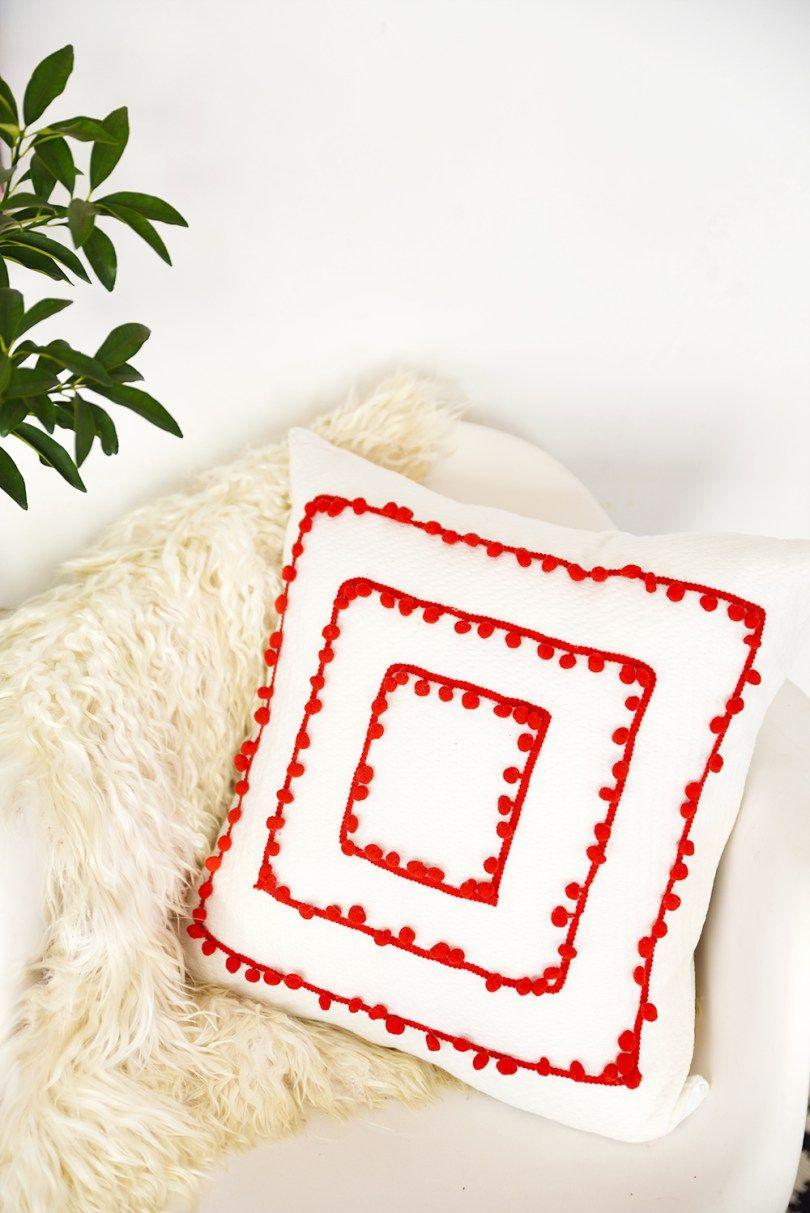 Diy pom pom trim pillow pom pom trim pillows and learning