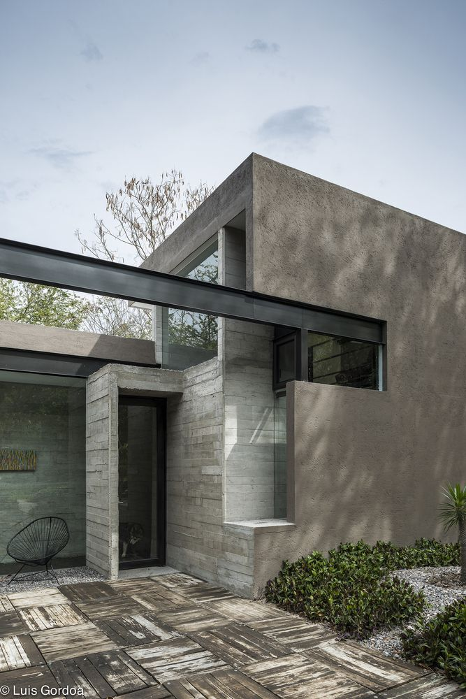 Modern Concrete House With Glass Walls: Gallery Of RGT House / GBF Taller De Arquitectura