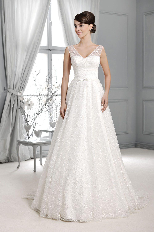 Brautkleid mit Spitzenträger aus der Agnes by Mode de Pol Kollektion ...