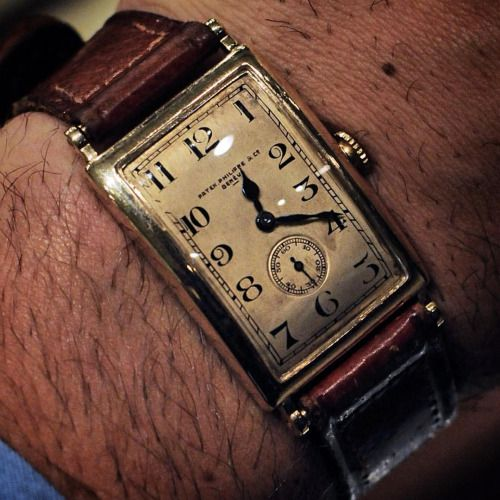 "manolosweden: "" Another lovely piece from Patek Philippe sold in 1930 by the Swedish store Rob Engström. Elegance of the past… Check it out on @kaplansauktioner Important Watches ""Klockkvaliten"". #watches #menswear #patek #patekphilippe #1930..."