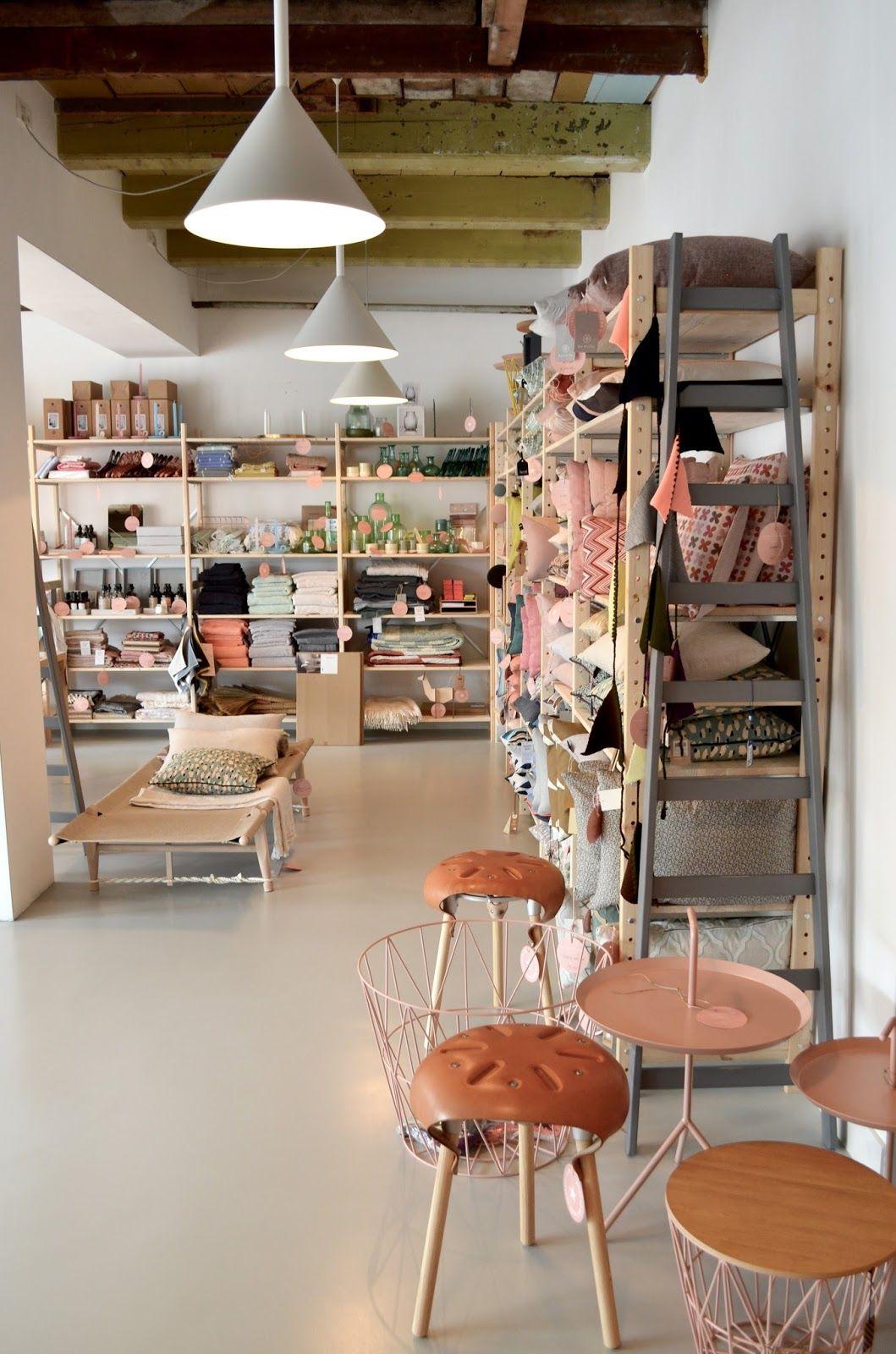 Gisteren bracht ik een bezoekje aan de prachtige winkel \'Jan de Jong ...