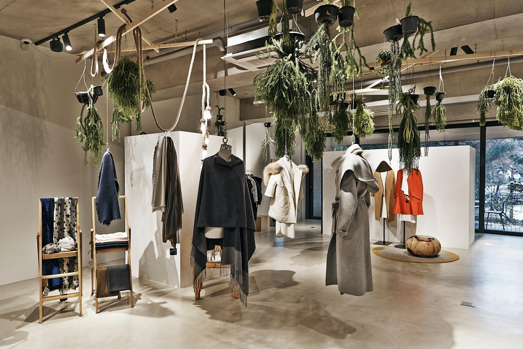 Queen Mama Market Trendiest Concept Store In Seoul Retail