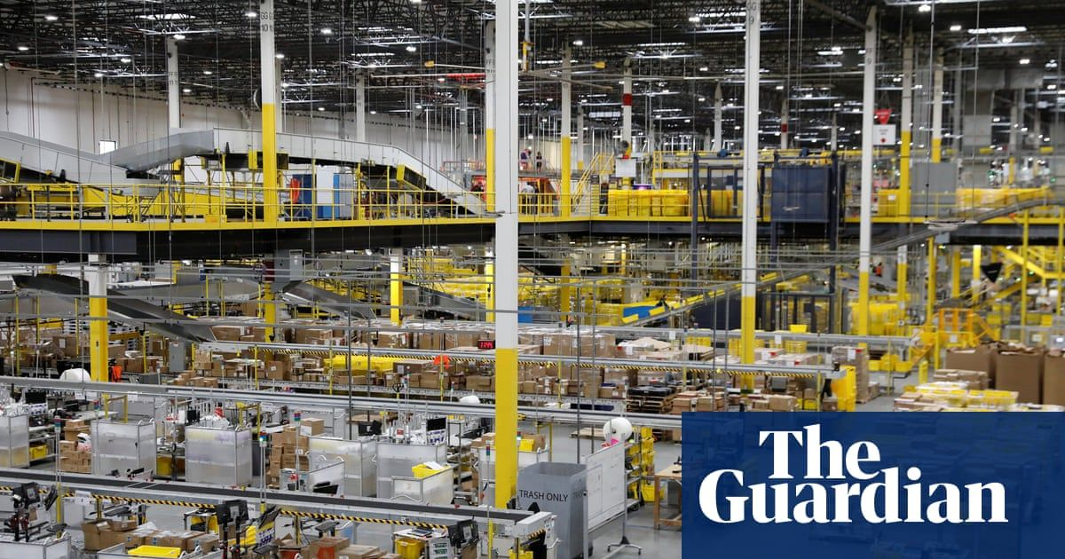 Amazon Robot Sets Off Bear Repellant Putting 24 Workers In