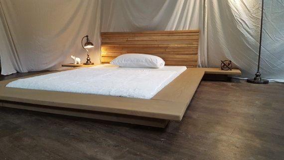 Christine moderne épuré basse plate forme en bois massif lit