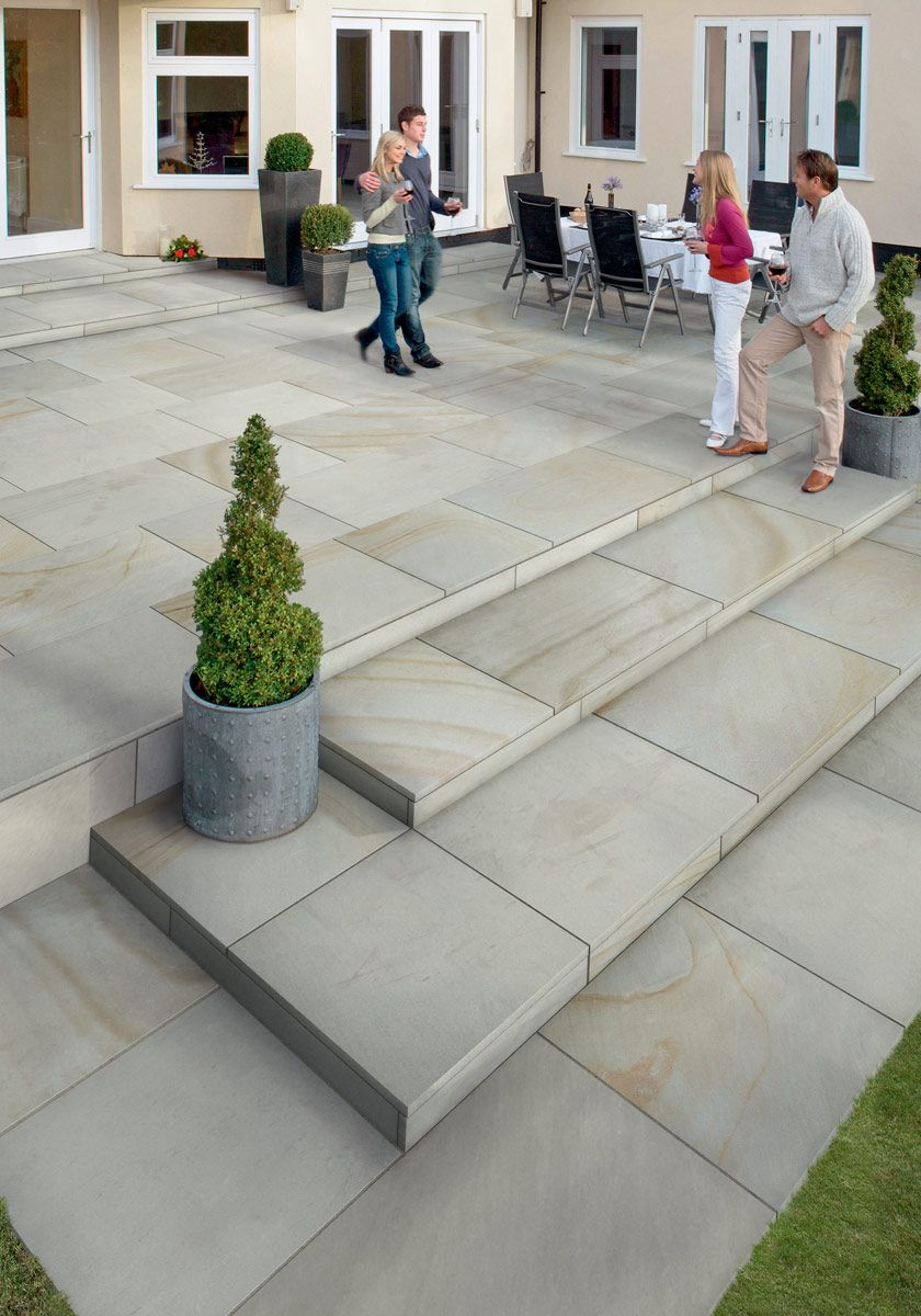 fairstone sawn versuro king size garden paving | marshalls.co.uk