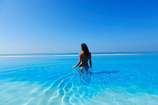 Thorngrove Manor Hotel Cool Swimming Pools Maldives Resort