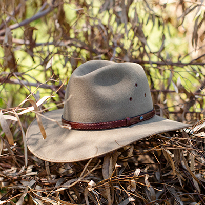 How To Stretch An Akubra Hat Video Akubra Hats Akubra Hats