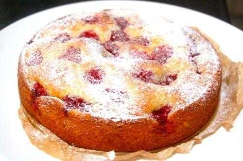 Yoghurtcake met frambozen zie voor recept mijn kookschrift AH