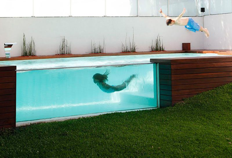 10 See Through Swimming Pools You Wish You Were In Right Now Zeitgenossischer Garten