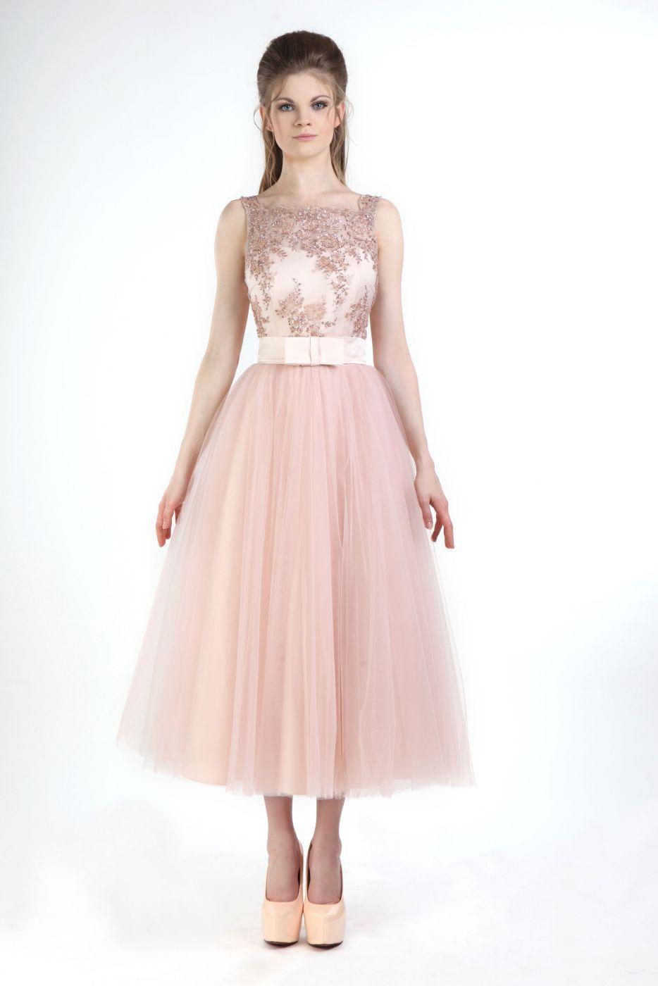Cocktailkleid für die Brautjungfer Rose Beige bestickt | Kleid rose ...