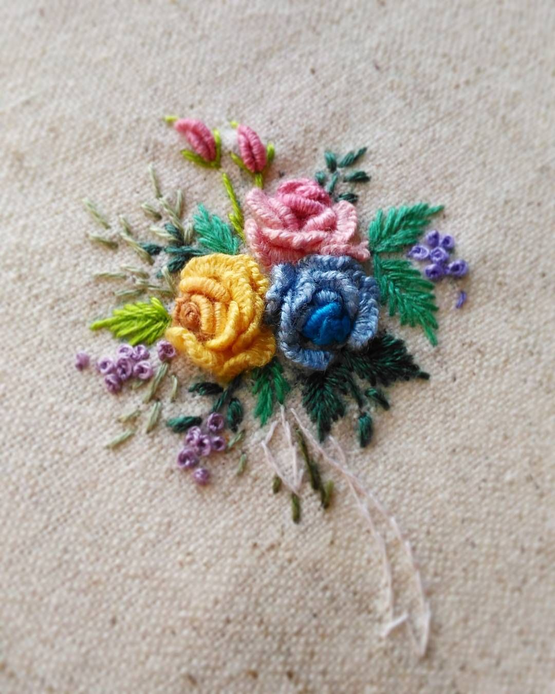 Pin de elizabeth olavarria en embroidery pinterest
