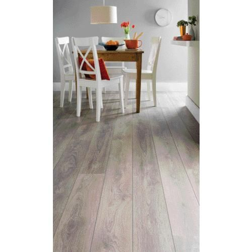 Laminate Flooring Castle Oak Effect