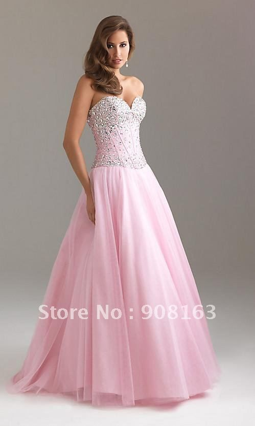 Classic corset Top prom dress Features a Strapless sweetheart ...