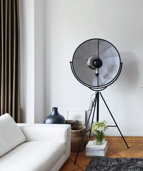 Tripod a\'la studio lamp. | Interior | lighting | Pinterest