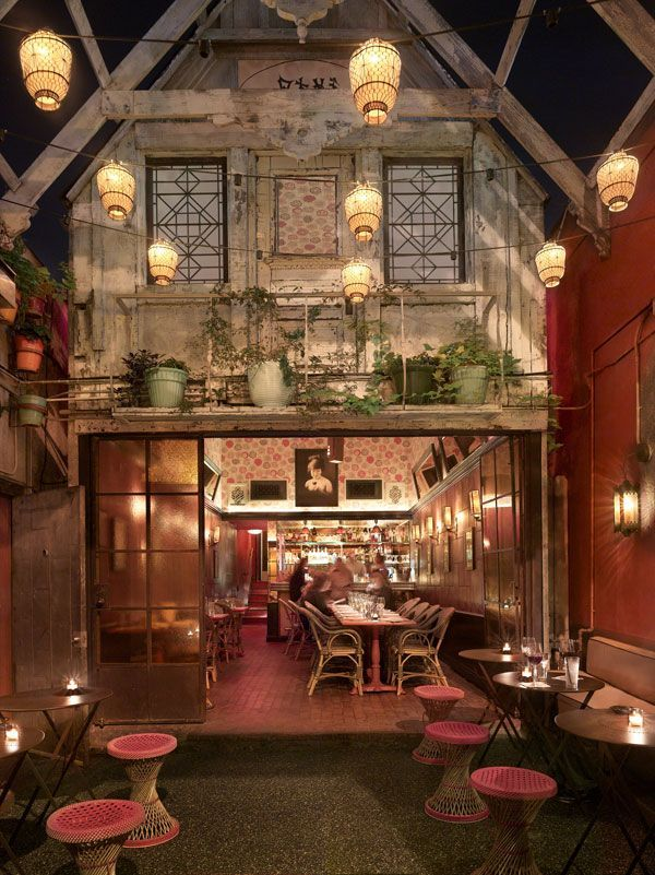 The Most Instagrammed L A Landmarks Los Angeles Bars Chateau Marmont Restaurant Design
