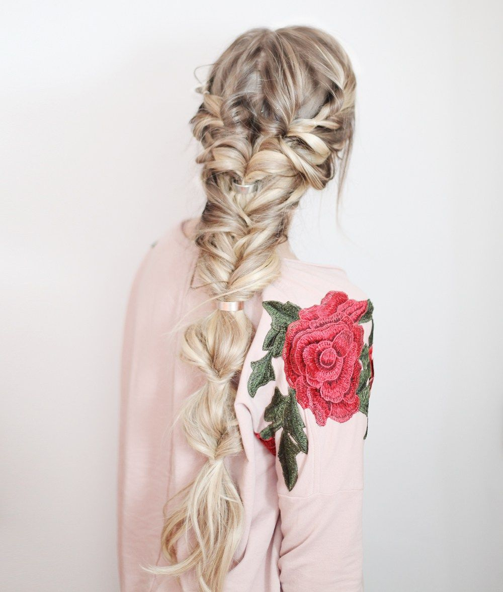 Learn how to braid with this simple and easy method with Scünci I