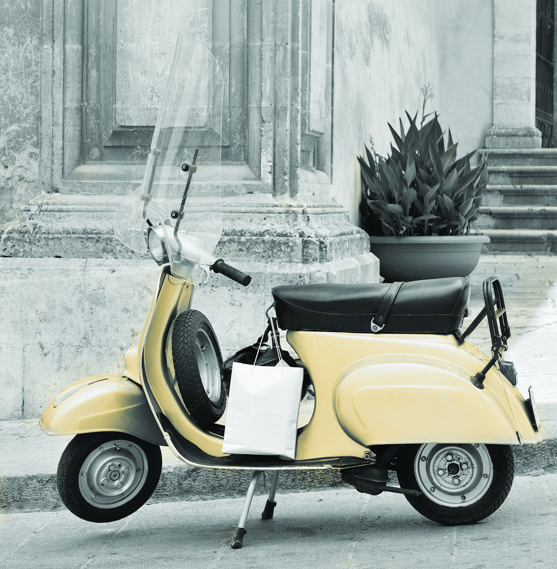 Vintage Italian Scooter #Travel