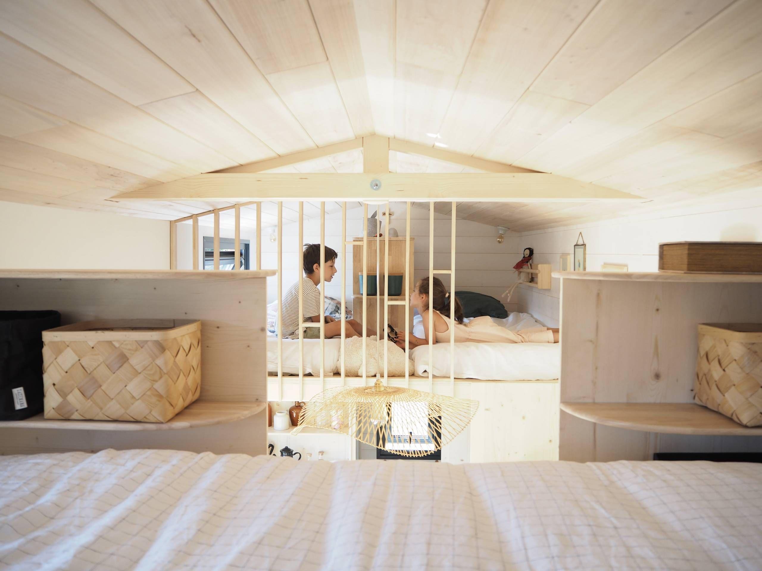 Bienvenue Dans La Tiny House Scandinave D Agnes Alias La Prune Du Jardin Maison Hello Blogzine Et Plancher Bois