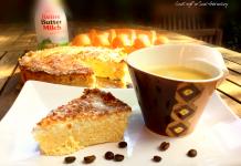 Kokos-Buttermilch-Kuchen - lowcarb und ohne Zucker. Rezept enthält Erythrit (Xucker light bzw. Erythrol). Gesund und lowcarb Backen.
