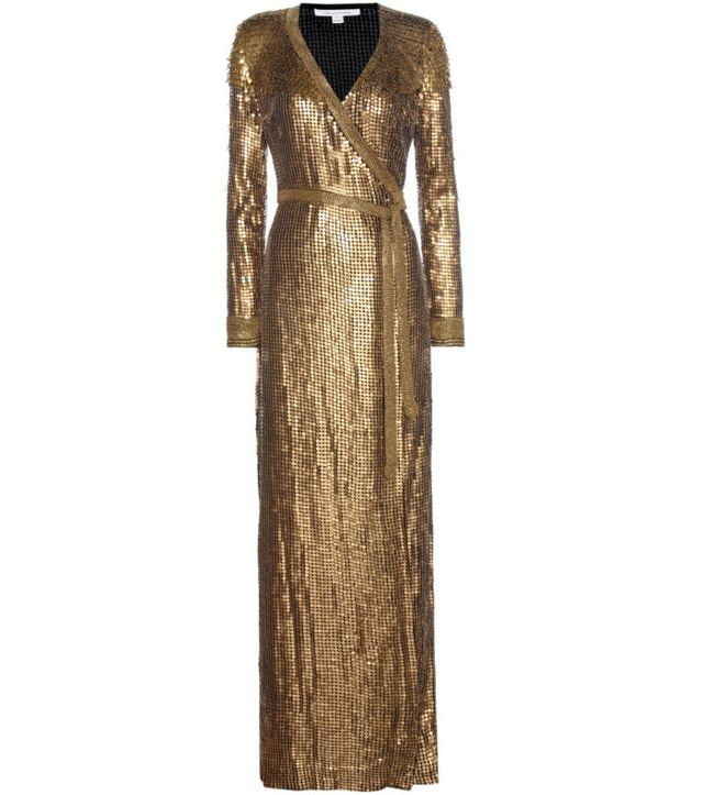 b14990c4952e Fashion Bomb Daily s Top 5 New Years Eve Looks  Lala in a Silver Julien  MacDonald Dress