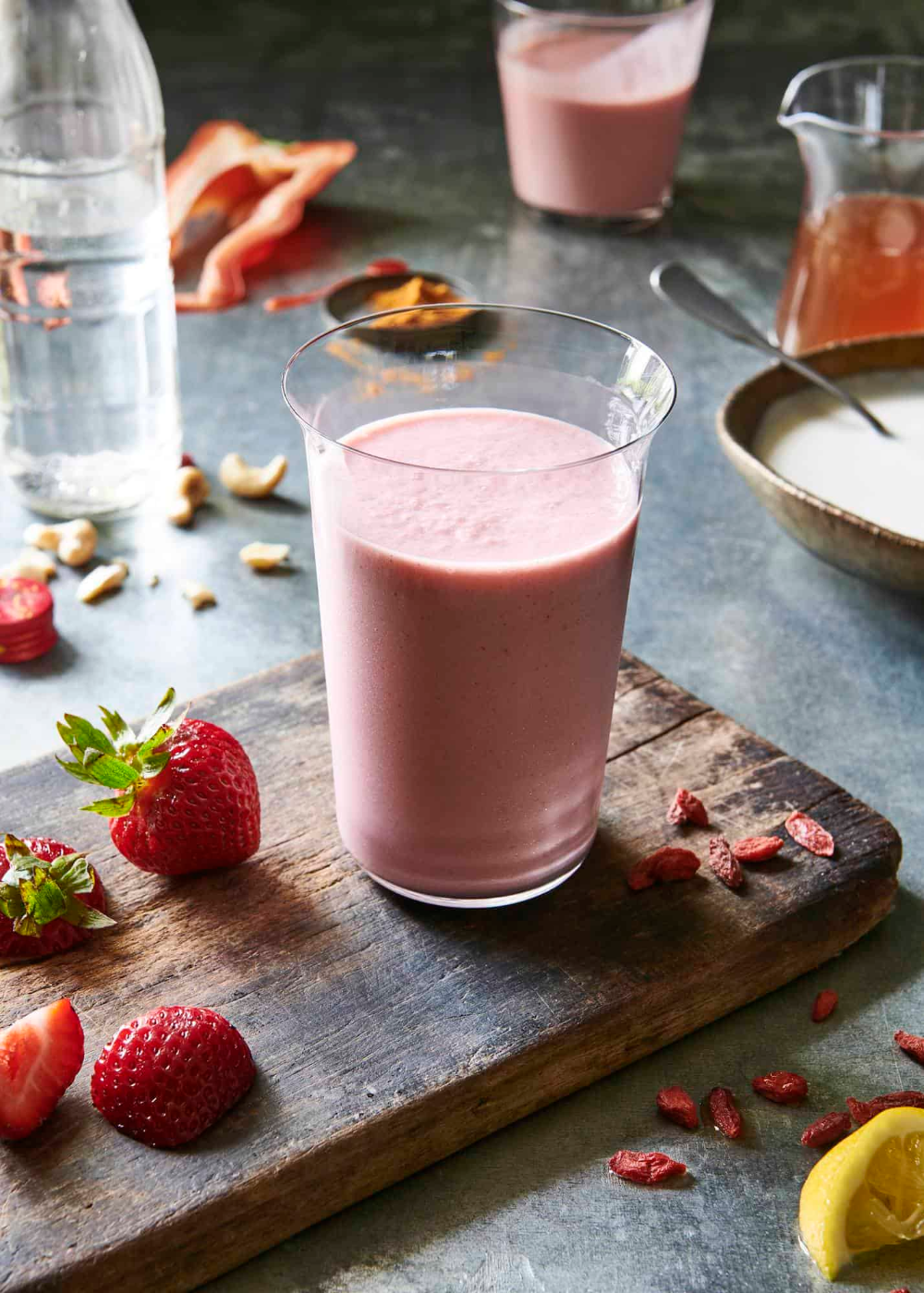 This amazing strawberry banana smoothie is simple and delicious, and you can take it to the next level with these flavor variations. Try them all! #strawberrybananasmoothie This amazing strawberry banana smoothie is simple and delicious, and you can take it to the next level with these flavor variations. Try them all! #strawberrybananasmoothie