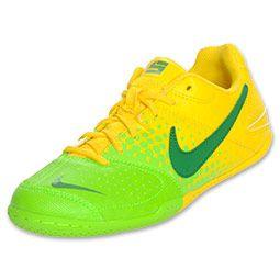 Soccer shoes, Indoor soccer