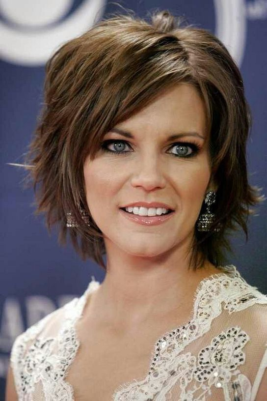 Short Hairstyles For Thick Hair And Square Face 188 Short Hair With Layers Short Hair Styles Edgy Haircuts