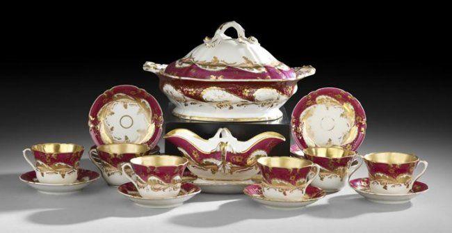 Collection of English Rockingham-Type Dinnerware : Lot 39